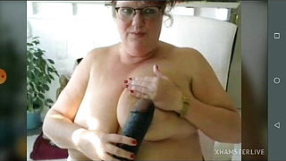 Big granny Jo fingering ass show pussy and saggy tits