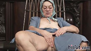 Kinky granny has her wet pussy rammed