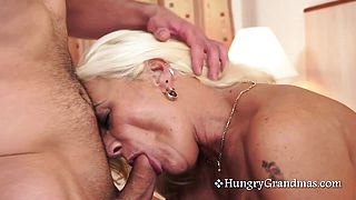 Blonde Granny Knows How To Blow