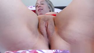 EuropeMaturE Hot Lady Shooting Star Mature Solo