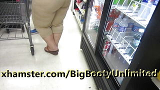 Mature Latina Thick Booty Beige Pants 2