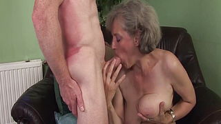 My momrsquo;s first rough big cock sex